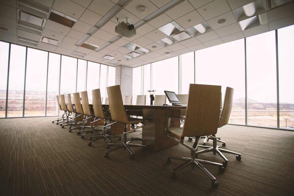 会議の参加者の選び方、選定基準